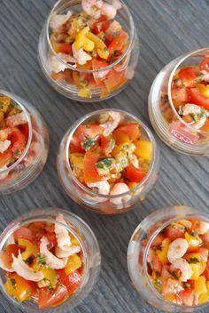 Verrines tartare de tomate cerise et crevettes grises - The Mona Project
