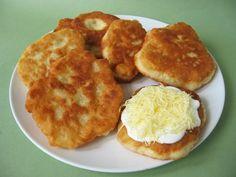Kefíres lángos Kefir Recipes, Hungarian Recipes, Hungarian Food, Winter Food, Soul Food, Side Dishes, Bakery, Muffin, Food And Drink