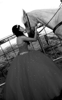 quince black and white horse country cowgirl Sweet 16 Pictures, Quince Pictures, Bff Pictures, Quinceanera Party, Quinceanera Dresses, Quinceanera Decorations, Cowgirl Look, Quinceanera Photography, Cowgirl Dresses
