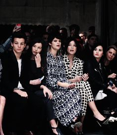 Louis and Eleanor at the Topshop show :)
