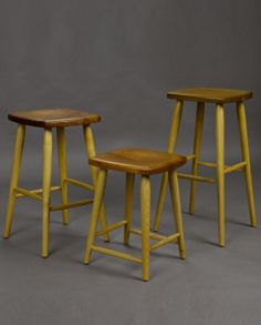 dovetail windsor stool