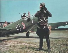 Stuka — Messerschmitt Bf109 red 3