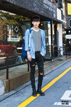 Official korean fashion : korean street fashion more men's fashion, korea fashion, fashion poses Korean Street Fashion, Korean Fashion Winter, Korean Fashion Trends, Korea Fashion, Asian Fashion, Korean Male Fashion, Korean Men Style, Style Men, Fashion Moda