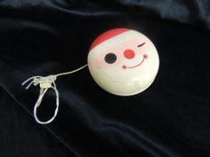 Vintage MCM Retro Holt Howard Santa Face Yoyo Toy Wooden Christmas Holiday