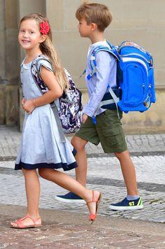 Princesse Josephine et Prince Vincent, 15 août 2017, Séance photo pour leur rentrée à l'école publique Tranegårdskolen d'Hellerup en niveau 0, Palais Frederik VIII à Copenhague