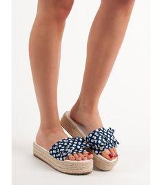 Bodkované šľapky Flats, Sandals, Espadrilles, Shoes, Fashion, Loafers & Slip Ons, Espadrilles Outfit, Shoes Sandals, Zapatos