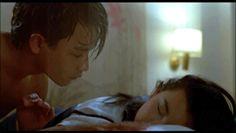 4월 1일은 장국영이 세상을 떠난 지 정확히 10년이 되는 날입니다. 장국영이 자살했다는 소식이 만우절 장난인지 아닌지 몰라서 어벙벙했던 기억이 떠오르네요. 그가 출연한 영화 10편의 움짤을 모아봤습니다. 1. 해피 투게더 (1997)2. 동사서독 (1994)3. 영웅본색 (1986)4. 영웅본색2 (1987)5. 아비정전 (1990)6. 패왕별희 (1993)7. 종횡사해 (1991)8. 연분 (1984)9. 천녀유혼 (1987)10. 상해탄 (1996)[SDS_LINK]