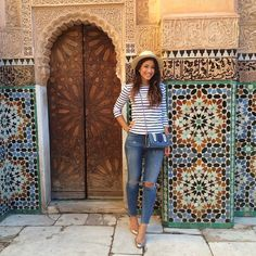 Striped 3/4 sleeve t-shirt, straw hat, ripped jeans, flats. Marrakech outfit