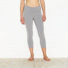 The Studio Hatha Capri Legging is just right for sinking deep into your favorite pose. Its simple styling easily transitions you from studio to street.