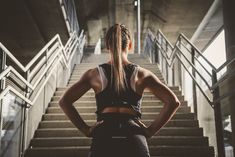 Envie de tonifier votre corps ? Prenez donc l'escalier ! (7 exercices à tester)