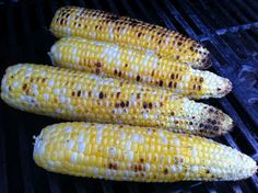 The BEST Way to Cook Corn on the Cob on the Grill – NO HUSKS!