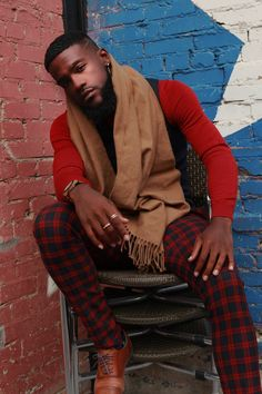 19 Beautiful Bearded Black Men Reveal What It's Like Being In the Gorgeous Black Men With Beards Photos 2017 - EssenceGorgeous Black Men With Beards Photos 2017 - Essence Black Men Beards, Handsome Black Men, Gorgeous Black Men, Beautiful Men, Black Man Photos, Black Men Hairstyles, Look Man, Hommes Sexy, Well Dressed Men