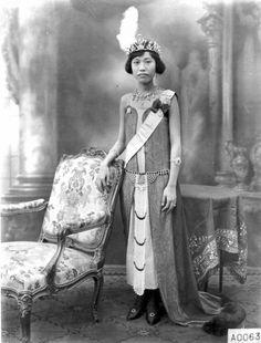Princess consort Suvadhana (Krueakaew Abhaiwongse) of Siam(Thailand), Consort of King Vajiravudh (Rama VI) of Siam (Thailand) (1910-1925) {1906}