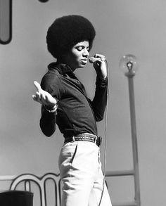The Jackson Five, Jackson Family, Janet Jackson, Photos Of Michael Jackson, Michael Jackson Bad Era, Afro, Hee Man, King Of Music, The Jacksons