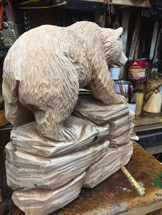 Chainsaw Wood Carving, Wood Carving Art, Wood Carvings, Wood Art, Metal Art Sculpture, Tree Carving, Farm Toys, Wood Carving Patterns, Animal Sculptures