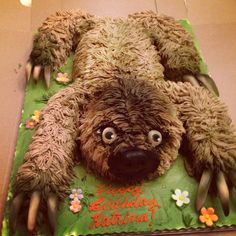 Cake Wrecks - Home - Sunday Sweets: The 10 Cutest Cakes Of All Time*. You have to take this cake very slowly. Sloth Cakes, Dog Cakes, Cake Wrecks, Crazy Cakes, Pretty Cakes, Cute Cakes, Cake Cookies, Cupcake Cakes, Mini Cakes