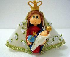 Nossa Senhora de Nazaré modelada em biscuit com características infantis.  Elo7 - Atelier Claudia Aparecida