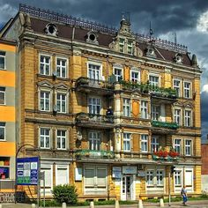 n Invisible Cities, Old Houses, Buildings, Mansions, House Styles, City, Manor Houses, Old Homes, Villas