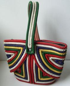 Phone Cord Deco Purse - http://www.pinterest.com/susiesestates/delicious-vintage-handbags/