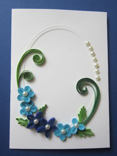Quilled Greeting Card with roses and heart Neli Quilling, Paper Quilling Cards, Quilling Comb, Paper Quilling Flowers, Paper Quilling Patterns, Quilled Paper Art, Quilling Craft, Quilling Photo Frames, Quilling Flowers Tutorial
