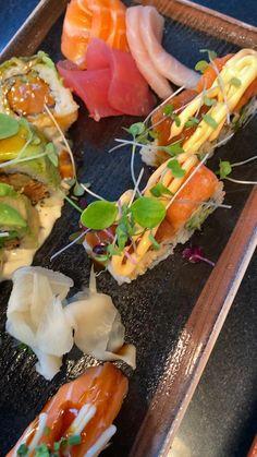 Tasty Videos, Food Videos, Sushi Recipes, Healthy Recipes, Fresh Sushi, Food Porn, Snap Food, Food Snapchat, Sushi Art