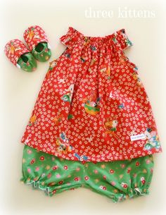Gracie dress with bloomers and baby shoes (green, red, ducklings) - by threekittens on madeit