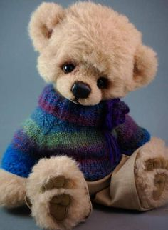 "Danny By The Wild Things - Hello to you! This is Danny a sweet big fozzy bear boy.He measures about 14"" (ca.35,5 cm) standing and he can stand on his own with a little help.I have made him from a beige handwashed Schulte Mohair with a very soft felted girp. He also has matching ultrasuede tra..."