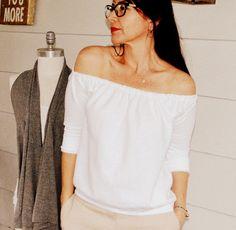 WobiSobi: Off the Shoulder Sweatshirt DIY
