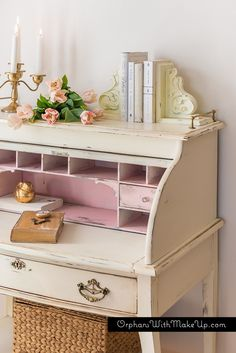 Vintage Furniture A Touch Of Pink. Gorgeously Feminine Roll-Top Desk Makeover from Orphans With Makeup - 10 Perfectly vintage furniture makeovers. Inspiration for painted furniture projects. Shabby Chic Bedrooms, Shabby Chic Furniture, Shabby Chic Decor, Vintage Furniture, Painted Furniture, Vintage Desks, Painted Desks, Painted Hutch, Reclaimed Furniture