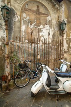 Tuscany, Italy • Life Sun KISSED ' Bellissima!