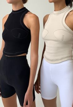 An Orseund Iris Original Exclusive 🏁 The Racerback Sport Tank a lightweight ribbed knit - an Orseund take on basics. Sport Fashion, High Fashion, Womens Fashion, Athleisure, Looks Style, My Style, Looks Party, Chain Stitch Embroidery, Look Retro