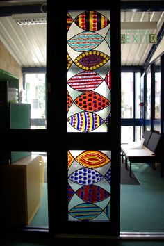 Here's the fused fish in the school. Very colourful!