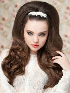 Pictures : Wedding Hairstyles for Long Hair - 60s Style Long Bridal Hairstyle