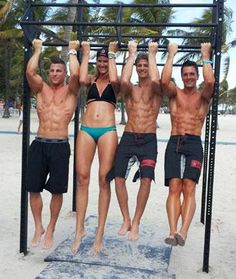 What Do Male Models Look for in a Woman? The hunks of Miami's Model Beach Volleyball Trouney reveal.