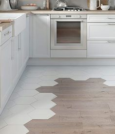 carrelage hexagonal et parquet: