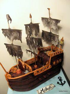 Pirátska loď   Pirate ship