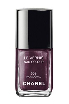 Chanel Nail Colour in Provocation-wow! These are sooo nice xoxo Chanel Le Vernis Nail Polish Colour over pins Dark Nail Polish, Chanel Nail Polish, Chanel Nails, Chanel Makeup, Dark Nails, Nail Polish Colors, Nail Polishes, Chanel Beauty, Blue Nails
