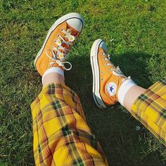 What's some of your favourite shoe brands ? 🧡 I love converse for spring / summer and Dr martens boots for autumn / winter 🌞 Source by aesthetic Art Hoe Aesthetic, Aesthetic Shoes, Aesthetic Clothes, Sock Shoes, Cute Shoes, Me Too Shoes, Dr Martens Boots, Dr. Martens, Botas Grunge
