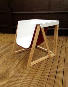 Pour ceux qui aiment se détendre dans une baignoire en dehors du bain dans le jardin, voici un mobilier original. Trouver d'autres objets recyclés sur le site web de notre boutique: http://www.artraction.ch/index.php?op=ateapic
