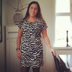 Oas på Öland med härligt poolhäng - ANNA TRUELSEN INTERIOR STYLIST & INFLUENCER Short Sleeve Dresses, Dresses With Sleeves, Interior Stylist, Stylists, Anna, Shirt Dress, Shirts, Fashion, Fashion Styles