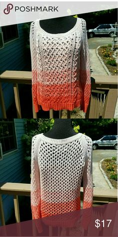 Gorgeous American Eagle Ombre Sweater Size small. In excellent condition. American Eagle Outfitters Sweaters Crew & Scoop Necks