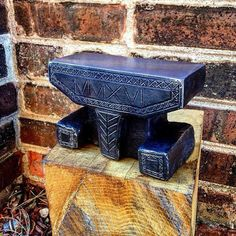 New old style anvil. 2016 in Roman numerals on front.