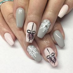 - Short acrylic nails coffin - (notitle) (notitle),Nageldesign Related Nice Cute Curly Hairstyles for Medium Hair 2017 Having a cute curly hairstyle. Cute Christmas Nails, Christmas Nail Art Designs, Xmas Nails, Winter Nail Designs, Holiday Nails, Christmas Ornament, Christmas Trees, Christmas Acrylic Nails, Winter Nail Art