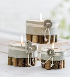 Concrete and wood twig tea light candle holder Cement Art, Concrete Cement, Concrete Crafts, Concrete Projects, Concrete Garden, Concrete Design, Concrete Planters, Diy Projects, Deco Cool