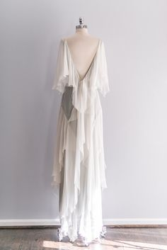 [SOLD] Emanuel Ungaro Silk Chiffon Flutter Sleeve Gown – GOSSAMER VINTAGE