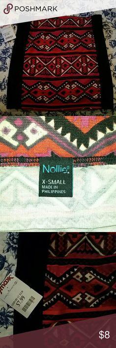 NWT Patterned Skirt X-small pattern skirt. Nollie Skirts Mini