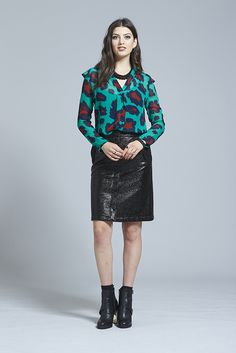 Get Twisted Shirt ⋆ Erina Emery Sequin Skirt, Women Wear, Winter, Skirts, How To Wear, Outfits, Clothes, Beauty, Style