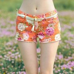 Buy '9mg – Floral Shorts' with Free International Shipping at YesStyle.com. Browse and shop for thousands of Asian fashion items from China and more!