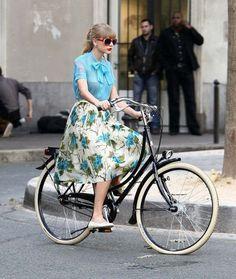 Ande de bicicleta com estilo ...
