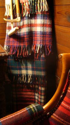 Darling? What tartan clan blanket do you want for your walk today..........